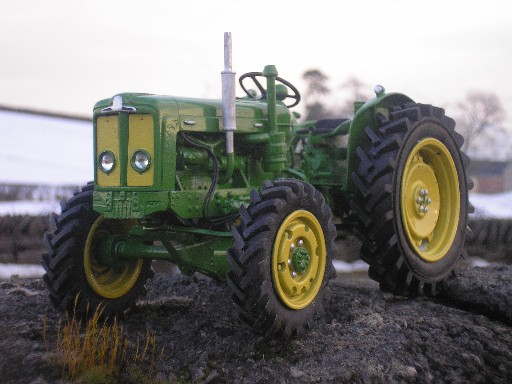 RJN Classic Tractors Fordson Roadless 6/4 Green Yellow tractor Model