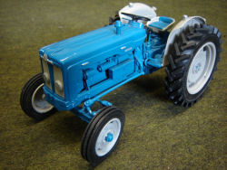 RJN Classic Tractors Fordson Super Major 1963 Steel Wheels