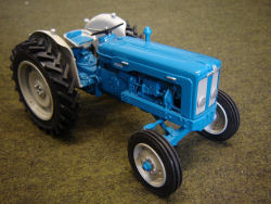 RJN Classic Tractors Fordson Super Major 1963 Blue Grey Power Steered